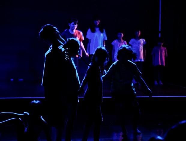 身体表現ワークショップ「チームたまーりん」発表公演